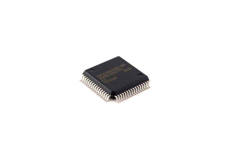 16 Bit Single-chip Microcomputer