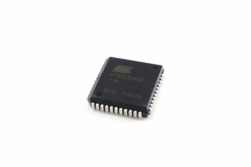 Microcontrolador 8 Bit 64k Flash Plcc-44