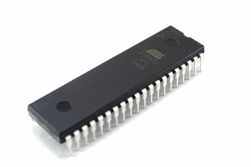 Microcontrolador At89s52-24pc