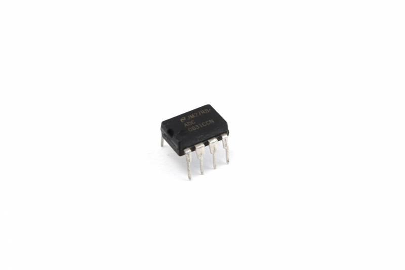 8 Bit Serial A/d Converter C/multiplexor