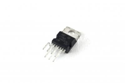 L4960