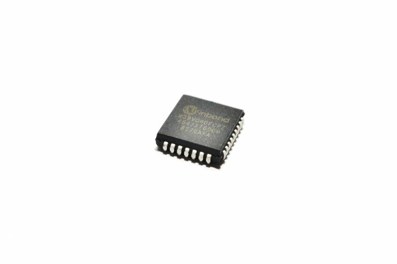 Eeprom Cmos 512kx8 (4mb) Flash C/interface